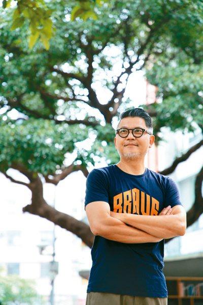 網路起家的工頭堅投身旅遊業20年,每次的危機都為他帶來轉機。記者胡經周/攝影