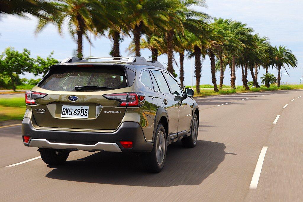 LCF車道維持置中系統,偵測標線、前方車輛以及修正順暢度足以媲美豪華品牌。但只適...