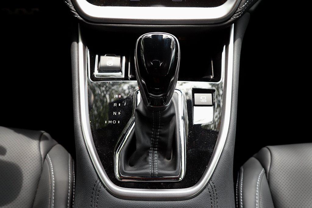全新Subaru Outback變速系統為Lineartronic CVT並標配...