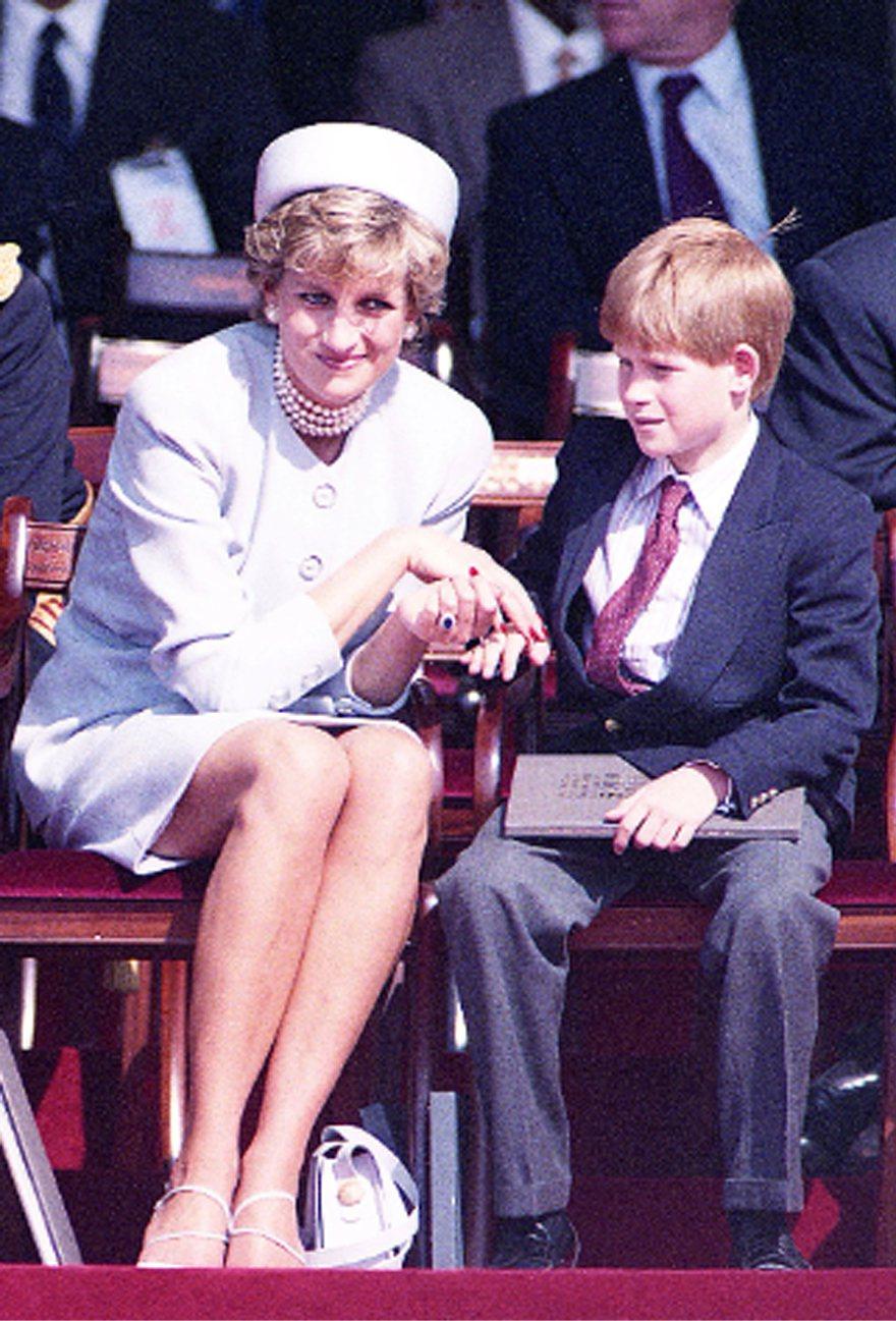 黛安娜生前對哈利也曾關愛有加。圖/路透資料照片