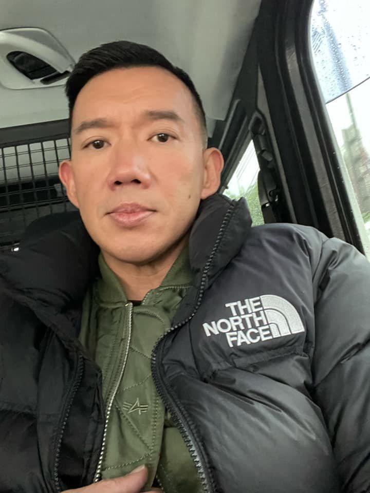 杜汶澤嘲諷汪小菲「幫台灣女人剝蝦的中國人才是漢奸」。圖/摘自臉書