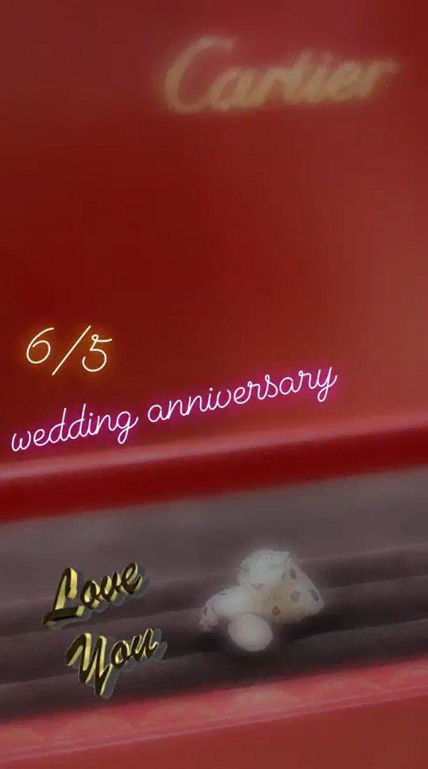 安以軒慶祝結婚四周年,秀出收到美洲豹的鑽戒。 圖/擷自安以軒IG