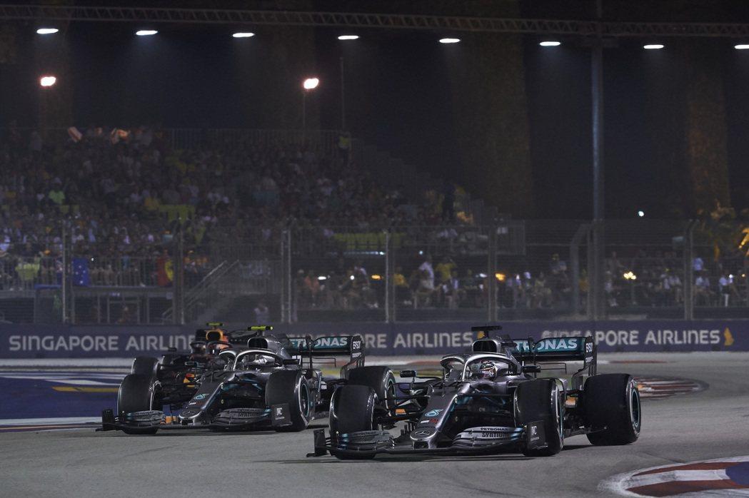 新加坡大獎賽以街道夜戰聞名。 摘自F1