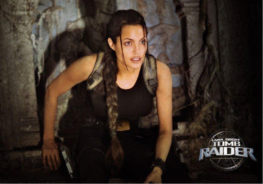 20年前,安琪莉娜裘莉以「蘿拉卡芙特 古墓奇兵」成為當紅票房女星。圖/摘自imd...