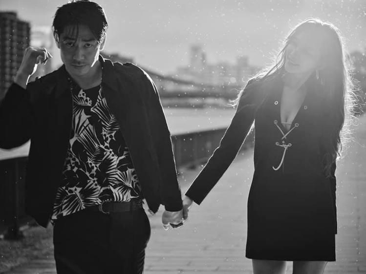 林志玲和AKIRA結婚2周年。圖/摘自臉書