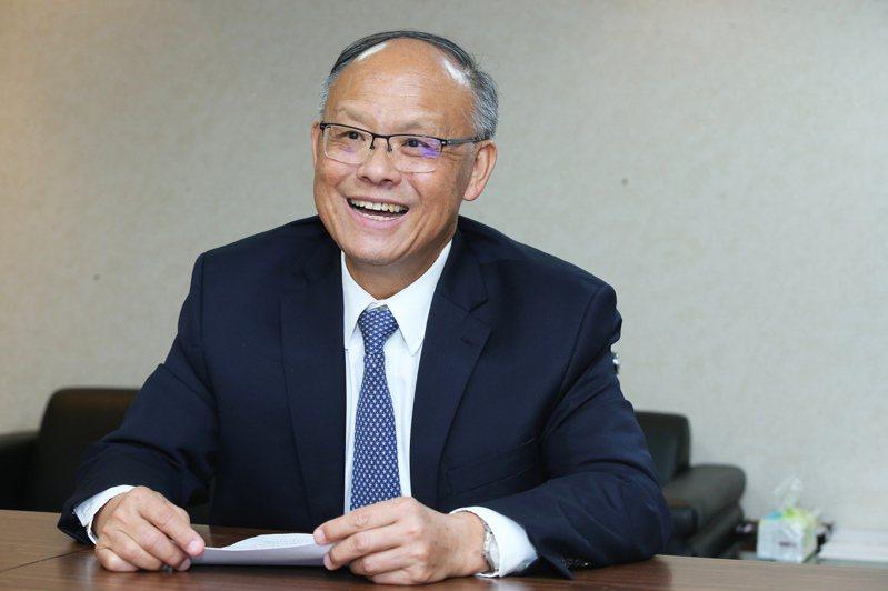 行政院政務委員鄧振中(本報系資料庫)