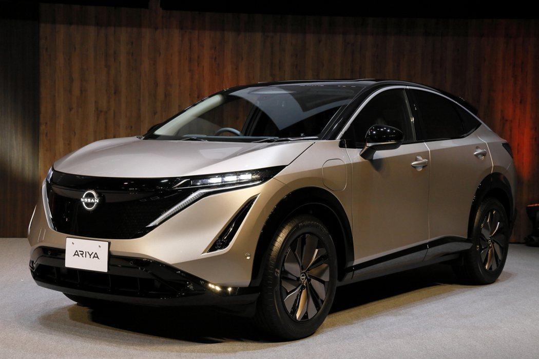 Nissan Ariya Limited貝殼金2 Tone限量車色。 圖/Nis...
