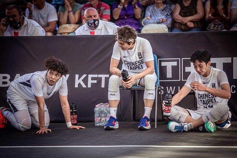 中華隊「三劍客」結束東京奧運資格賽旅程。圖/取自FIBA官網