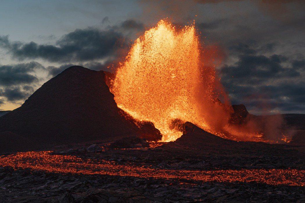 購入一座私人小島已過時,現在對冰島的不動產市場而言,擁有一座活火山正夯。(美聯社...