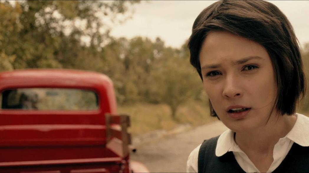 洛琳娜康波洛娃曾在「德州電鋸殺人狂前傳:皮面人」軋上一角。圖/摘自imdb