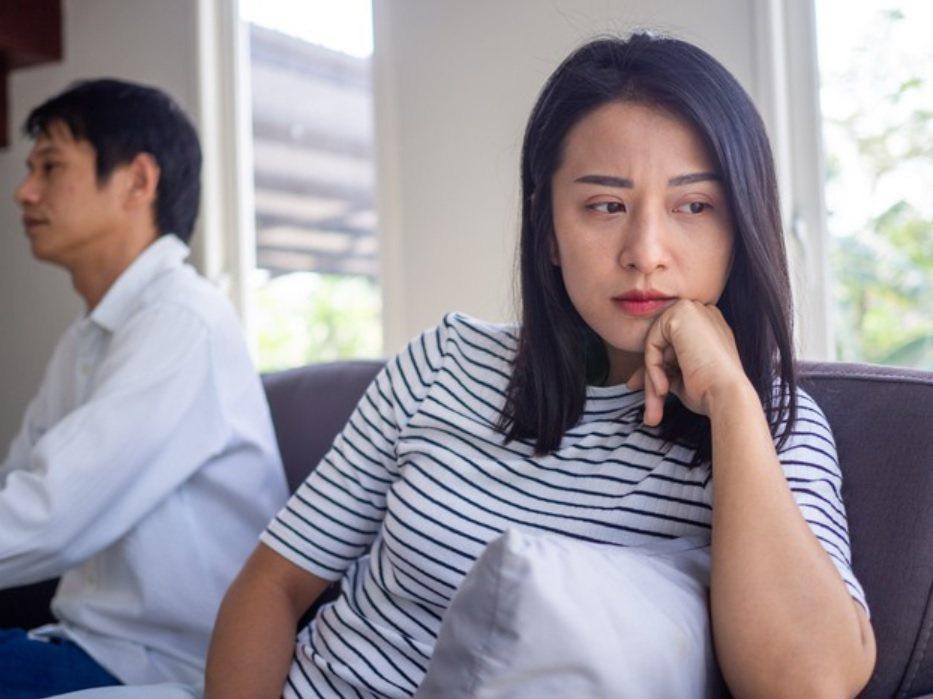 一旦情緒引發了負向思考、感覺,就會進入我們的意識當中,而影響了我們的理智,產生失...