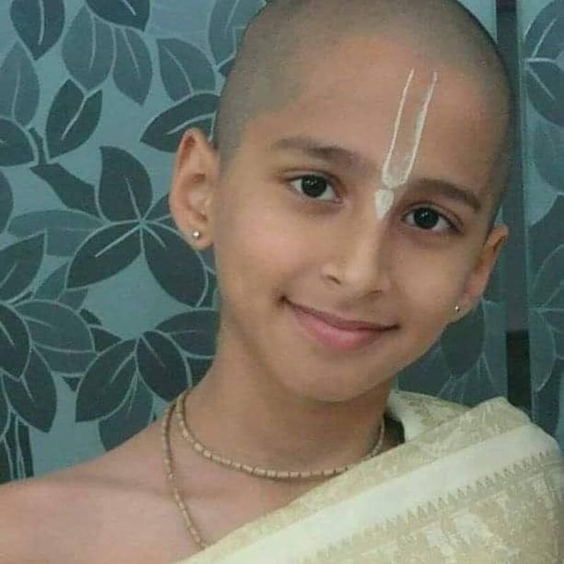 Abhigya Anand被視為神童,說自己運用占星術、印度經典等預言。圖/翻攝自IG @Abhigya Anand