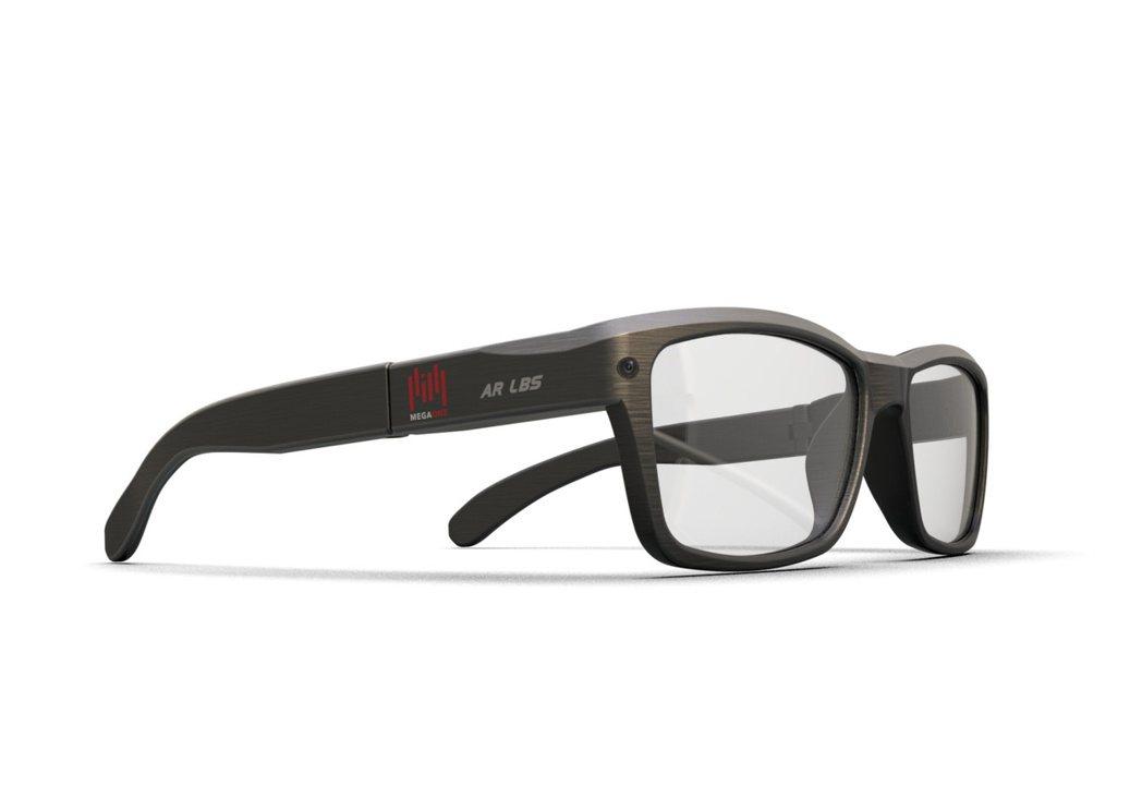 英錡科技LBS AR成像模組有望使產品重量與外觀趨近一般眼鏡。 英錡科技/提供