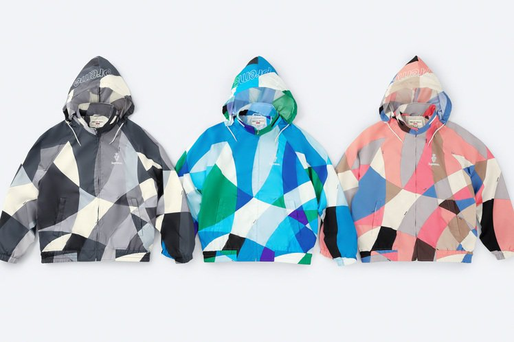 Supreme與Emilio Pucci聯名系列印花連帽夾克。圖/摘自Supre...