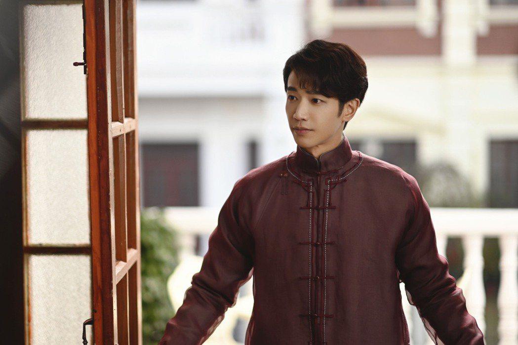 劉以豪在「十二譚」中角色命運坎坷。圖/LiTV、劉以豪工作室提供