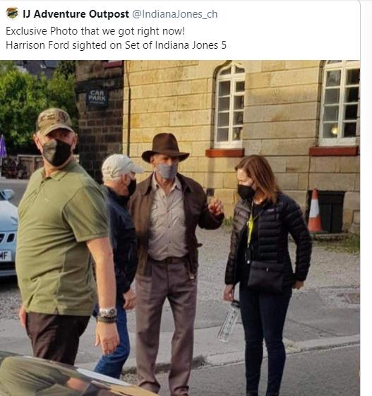 哈里遜福特正在拍攝印第安納瓊斯系列最新續集電影,日前推特曝光哈里遜福特戴著口罩現