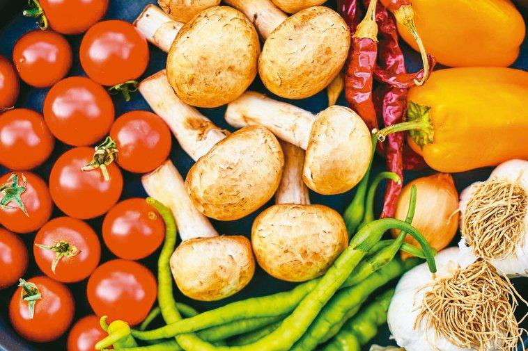 防疫在家時,可以多補充彩色蔬菜,補充維生素、纖維質。圖/Pexels(攝影師En...