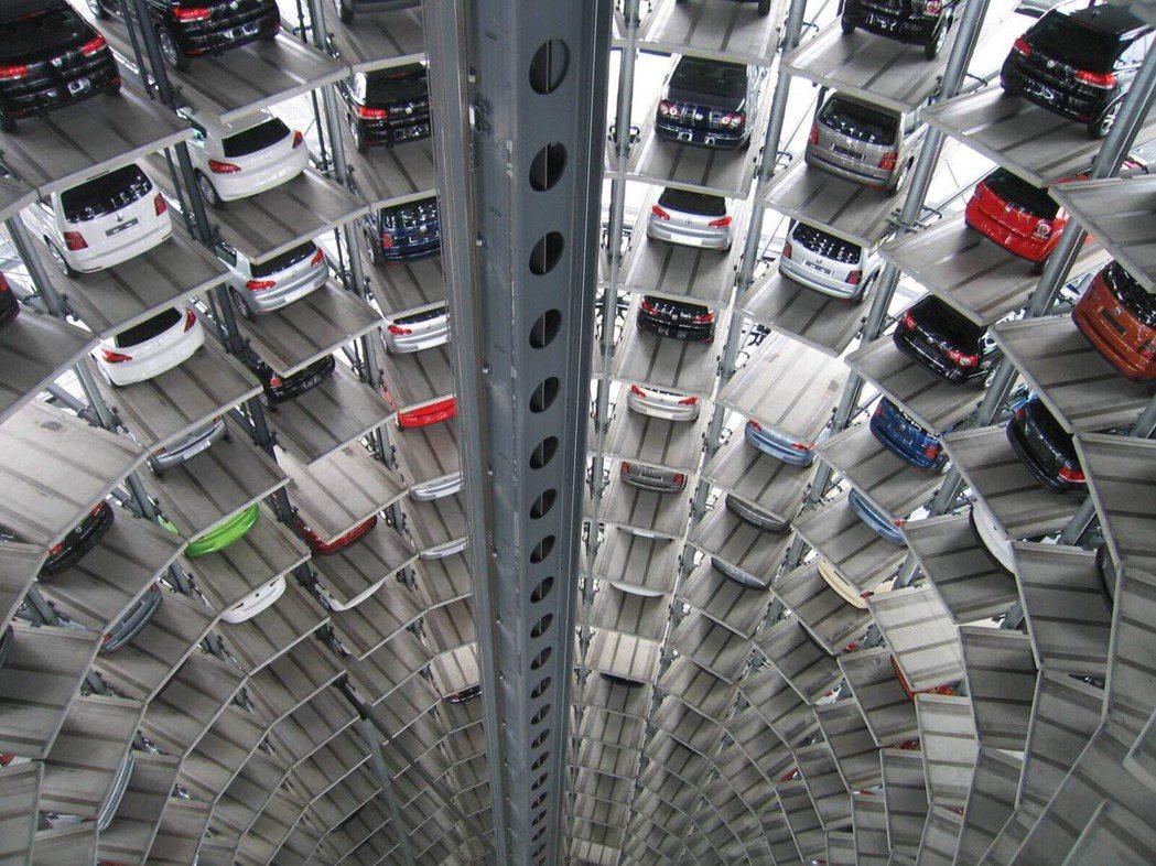 倉儲式停車位取車的時間較快,但維護類用昂貴。 (圖片來源:pixabay) 圖/...