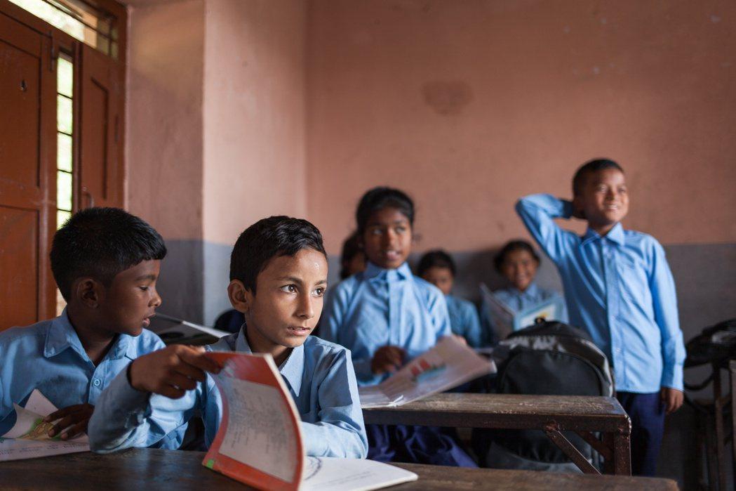 遠山呼喚服務長期協助5500位貧童上學。 圖/遠山呼喚提供
