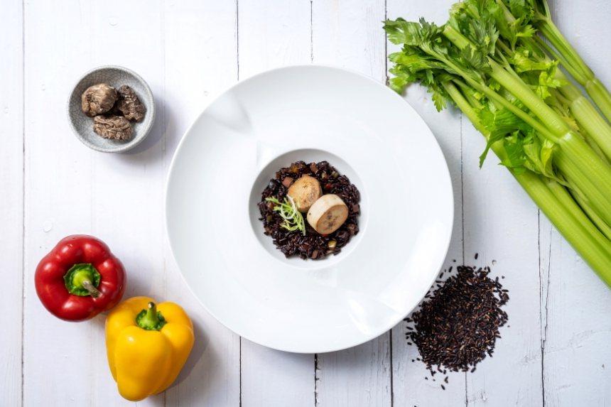 以黑米為基底,添些花青素、葉綠素等滿滿營養的食材,每吃一口都能為身體補充能量。 ...