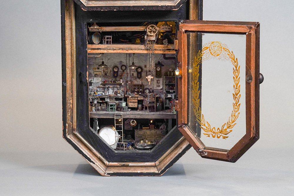高雄場獨家展出鄭鴻展的最新作品《流光似水》。  圖/聯合數位文創 提供