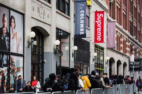 圖/us.fashionnetwork.com 紐約街牌至尊Supreme,直至...