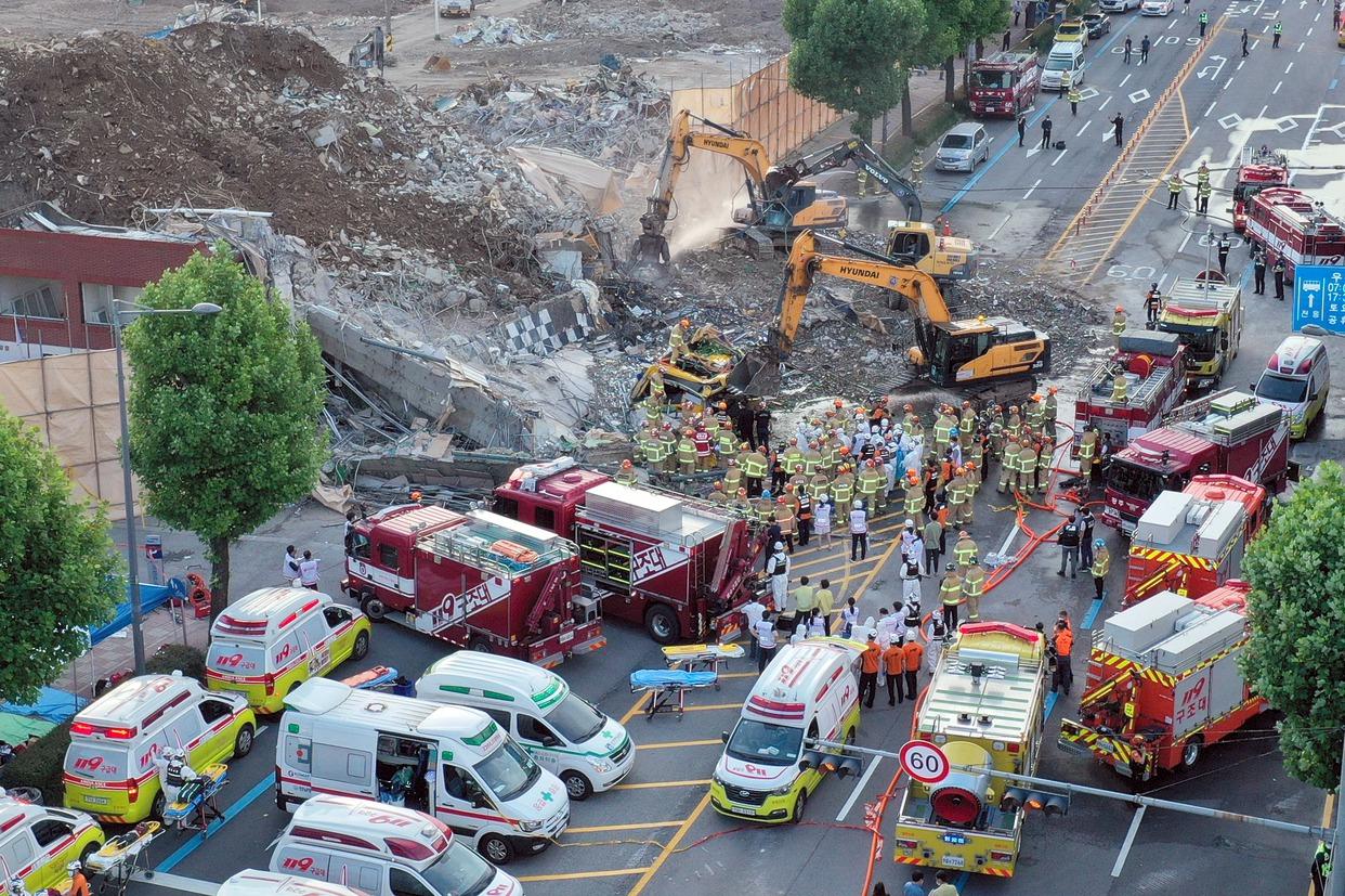 韓國光州拆除中建物倒塌掩埋巴士 至少9死8傷