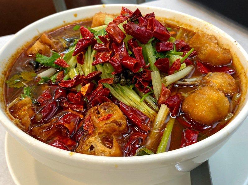 「祥和蔬食料理」的素水煮牛。 (圖/魚夫)