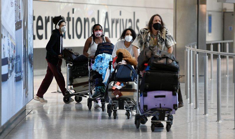 歐洲聯盟成員國今天同意把台灣和美國等8個國家和地區納入安全旅行國家「白名單」,將解除對白名單國家的「非必要旅行」限制。歐新社