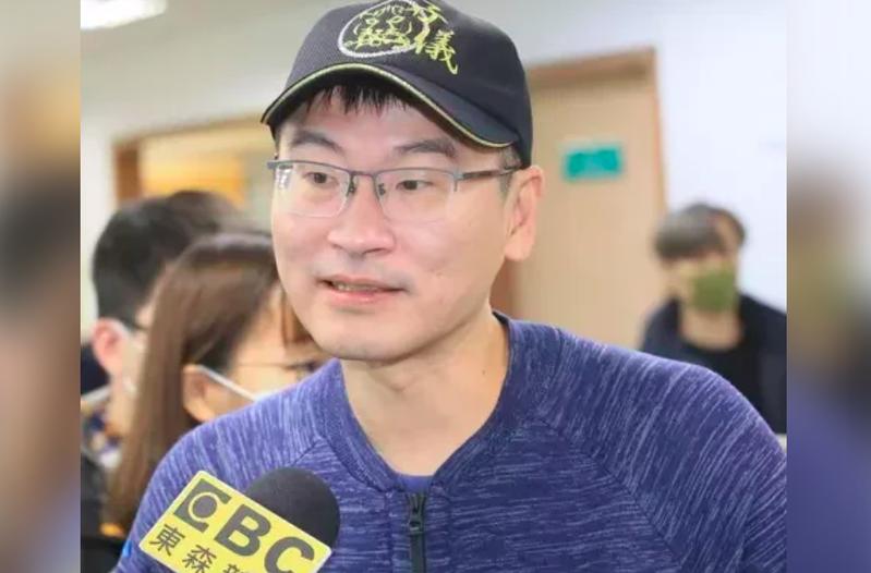梁文傑今天在臉書表示,他問了一下,這家叫做好心肝診所,並不是台北市疫苖的接種院所,照講手上不會有疫苖,這是怎麼回事?本報資料照片