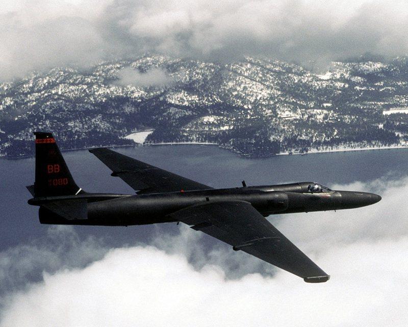 美國中情局解密檔案當中,許多有關目擊不明飛行物的報告,其實都是當時美國正在秘密研發的U-2高空偵察機進行測試。圖/US Air Force