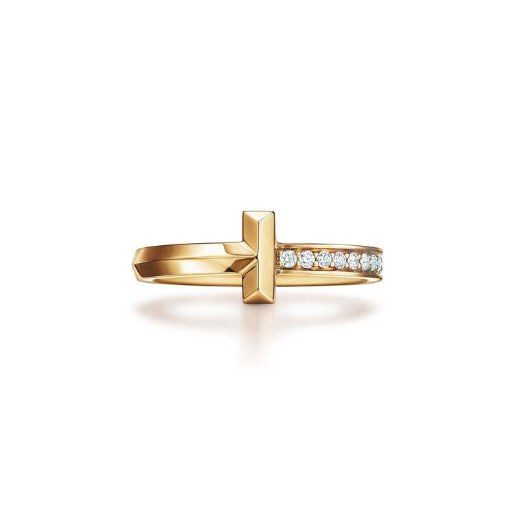 Tiffany T1 18K金窄版鑲鑽戒指,60,000元。圖/Tiffany提...
