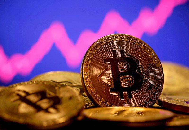 世界各地的比特幣礦商已同意,將對這個全球最大加密貨幣進行「Taproot」更新,為四年來首見的重大更新。路透