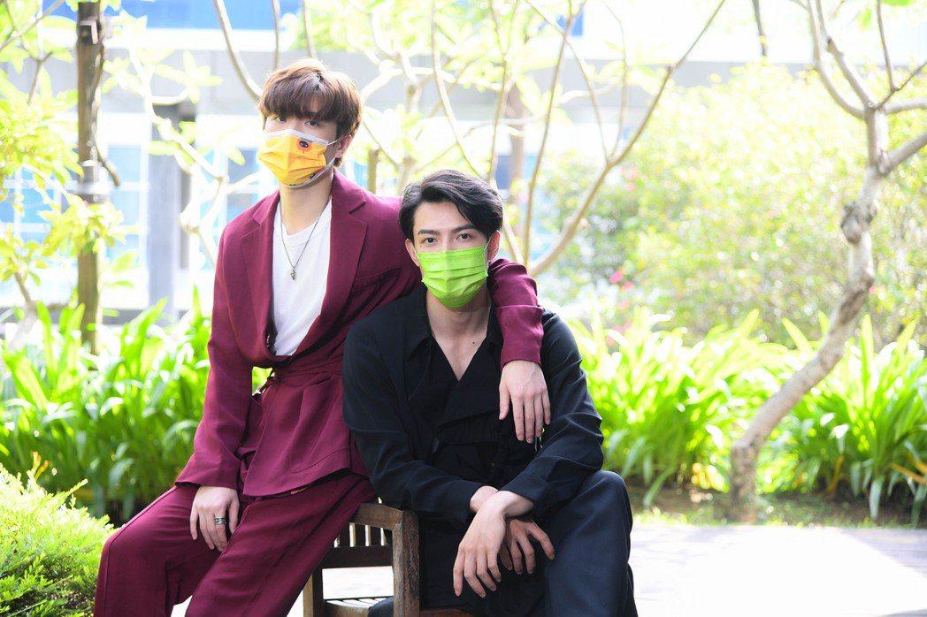 王碩瀚(左)和賴東賢為BL網劇「約定」宣傳,兩人因為疫情打亂了很多工作計畫。圖/...