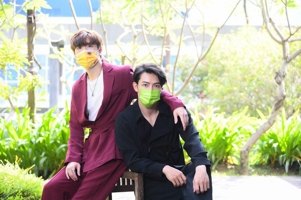 王碩瀚(左)和賴東賢為BL網劇「約定」宣傳,兩人因為疫情打亂了很多工作計畫。圖 ...