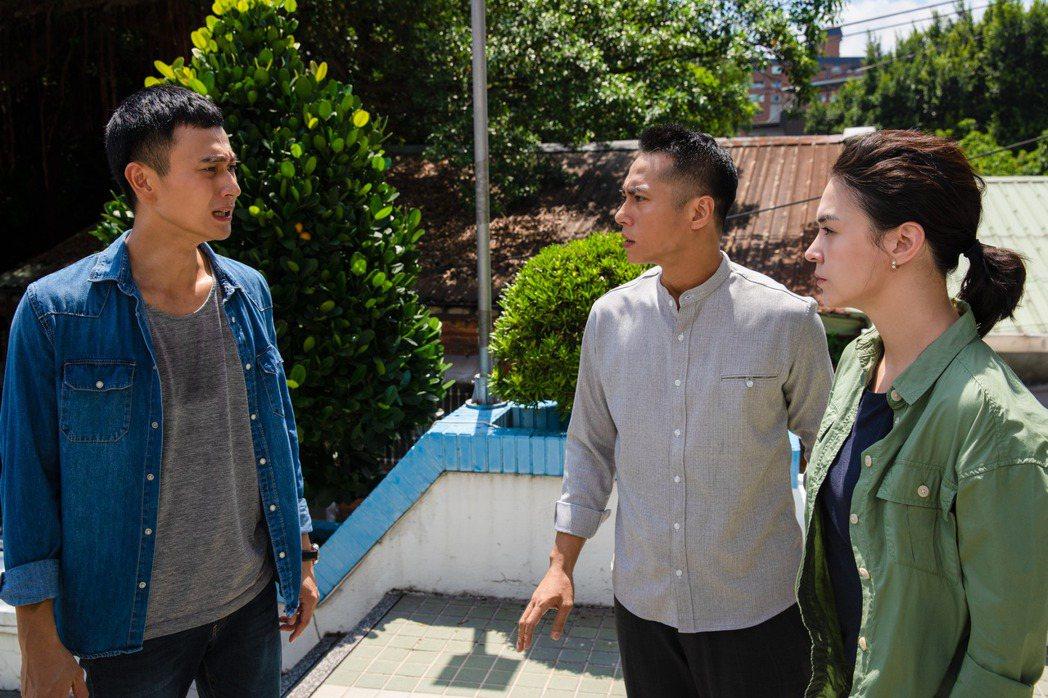 劉冠廷(左起)、莊凱勛、張榕容主演「第三佈局 塵沙惑」。圖/CATCHPLAY提...