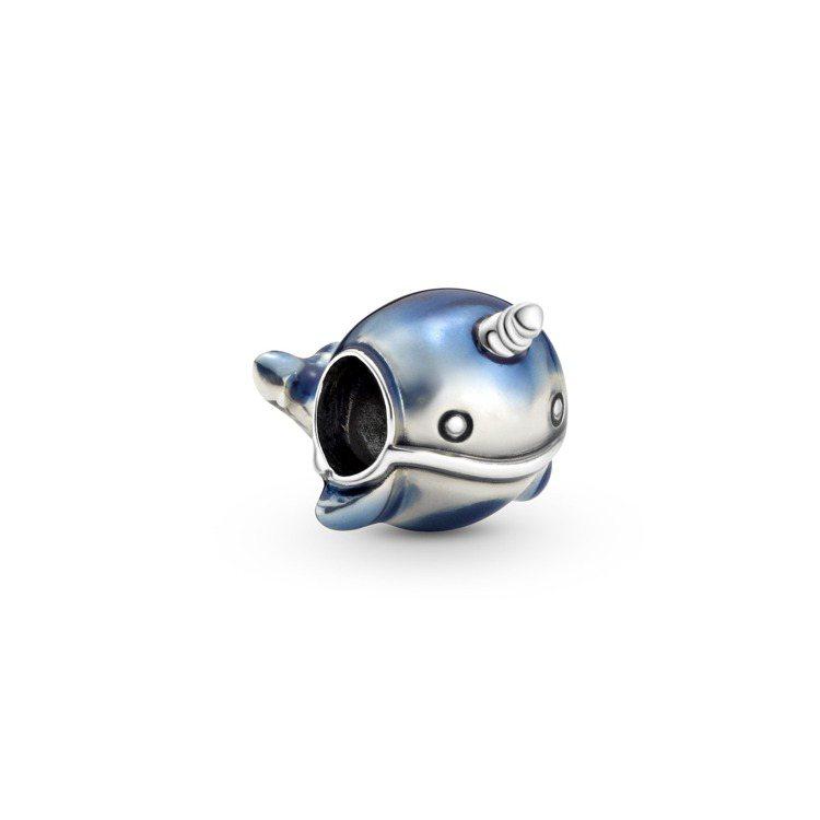Pandora閃閃獨角鯨925銀串飾,1,580元。圖/Pandora提供