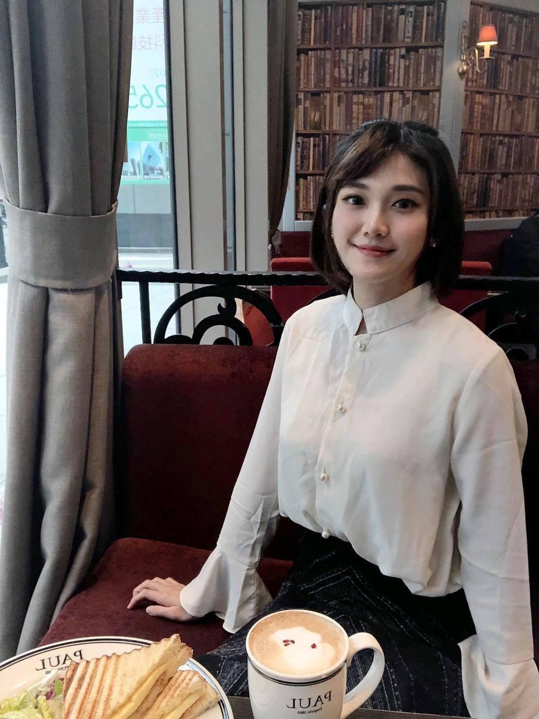 壹電視主播趙惠雯開心公布PCR結果。圖/摘自臉書