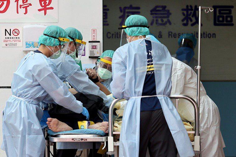 圖為醫院收治重病病患示意圖。非新聞當事人。記者余承翰攝影/報系資料照