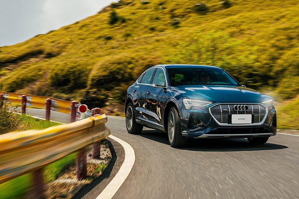 台灣奧迪規劃Audi e-tron從台中出發前往花蓮路程,並路途中完全不充電的狀...