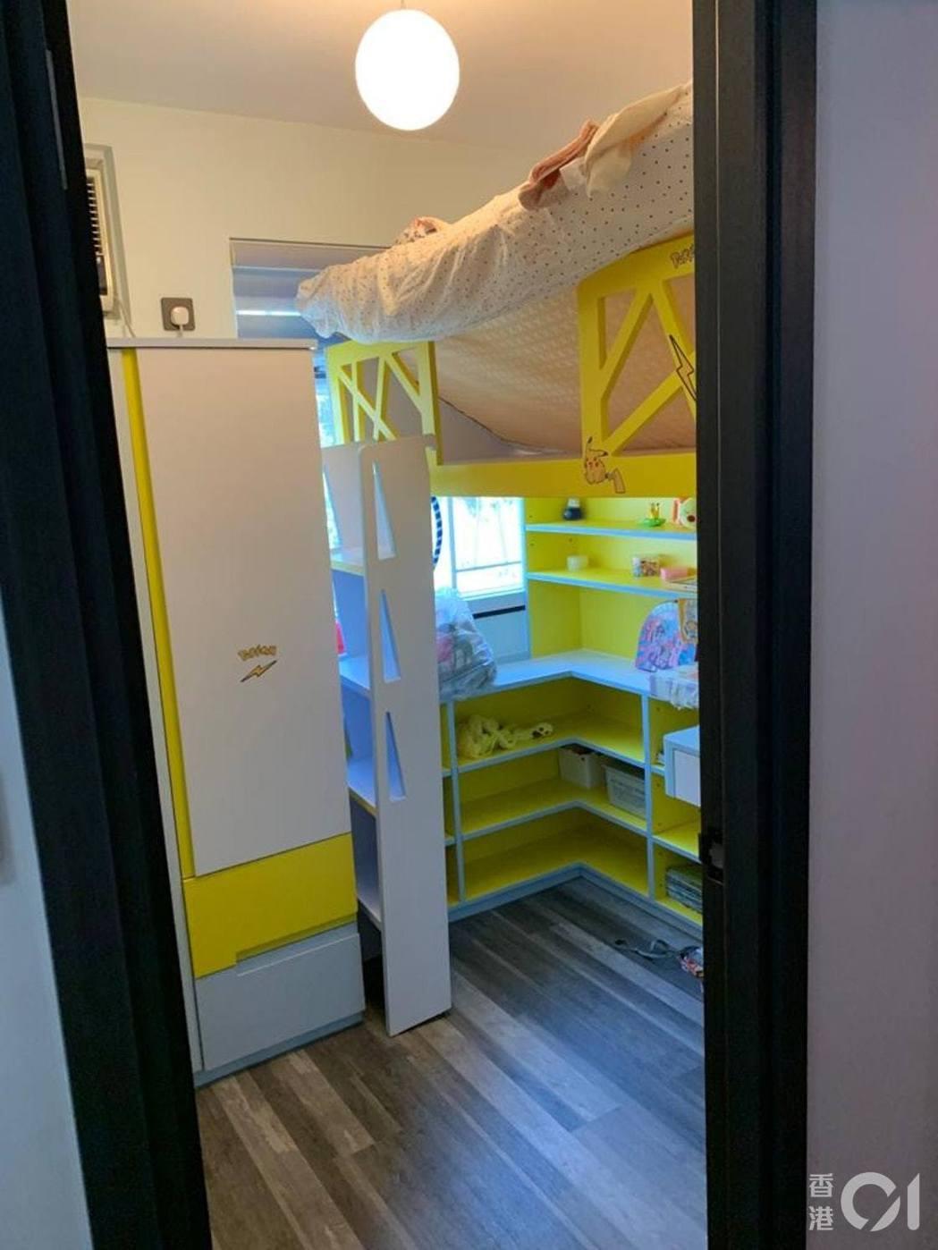 受訪者子女的房間顏色是搭配風水色,女兒好喜歡比卡丘,所以顏色選她最中意的黃色。圖...