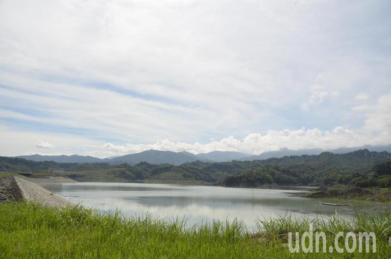 雲林縣湖山水庫上月蓄水量跌至3成,託梅雨鋒面帶來豐沛降雨之福,如今已突破5成。記者陳苡葳/攝影