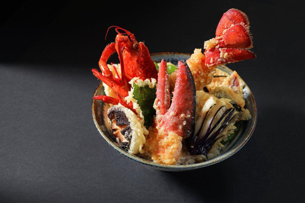 視覺感強烈的「日式龍蝦極品天丼」。圖/晶華提供