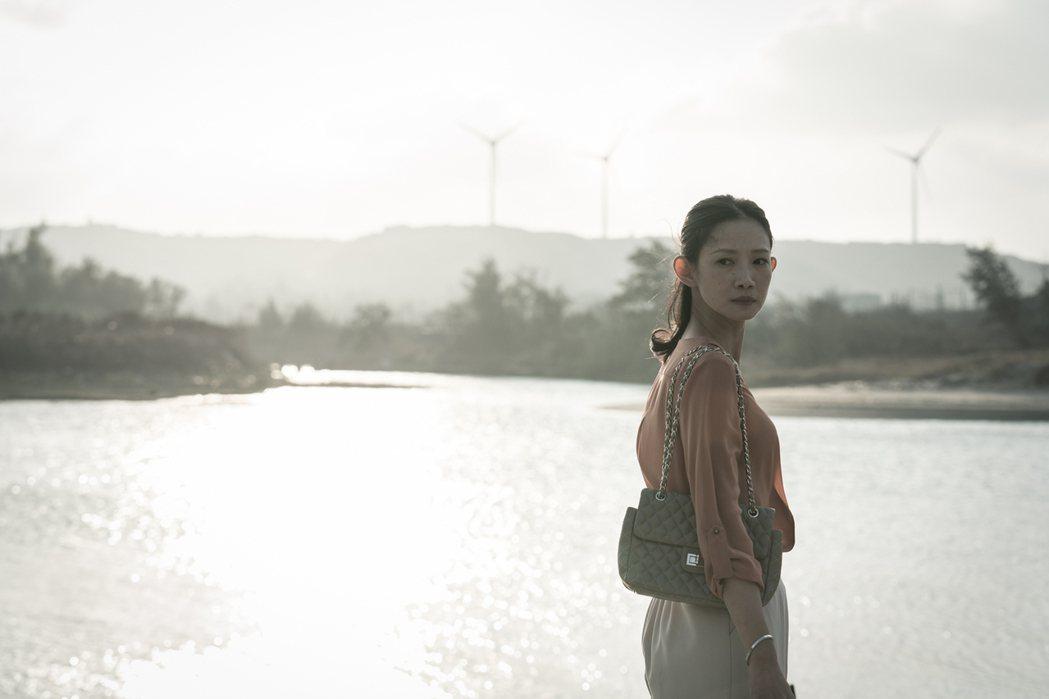 「大桔大利 闔家平安」入圍紐約電視獎劇情長片及女主角獎。圖/客家電視提供