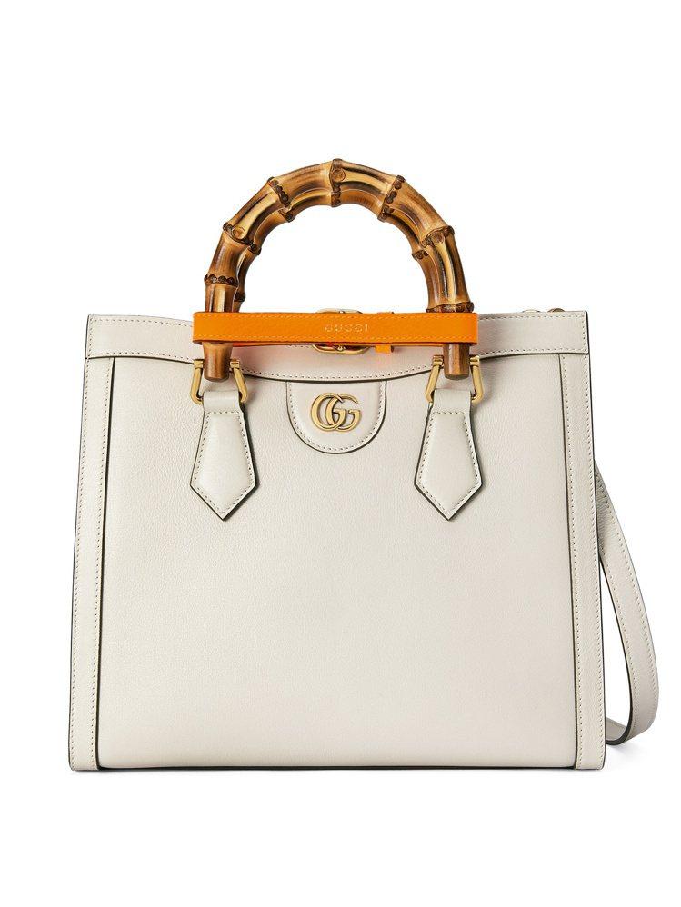 Diana白色小型手提包,10萬4,700元。圖/GUCCI提供