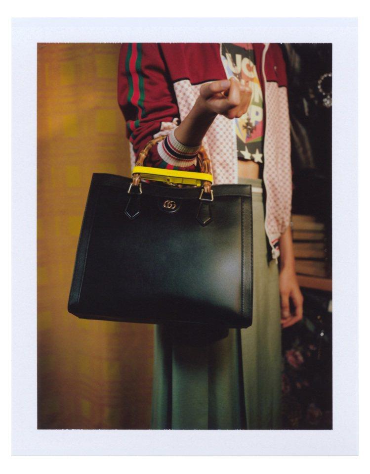 GUCCI復刻推出全新GUCCI Diana系列包款。圖/GUCCI提供