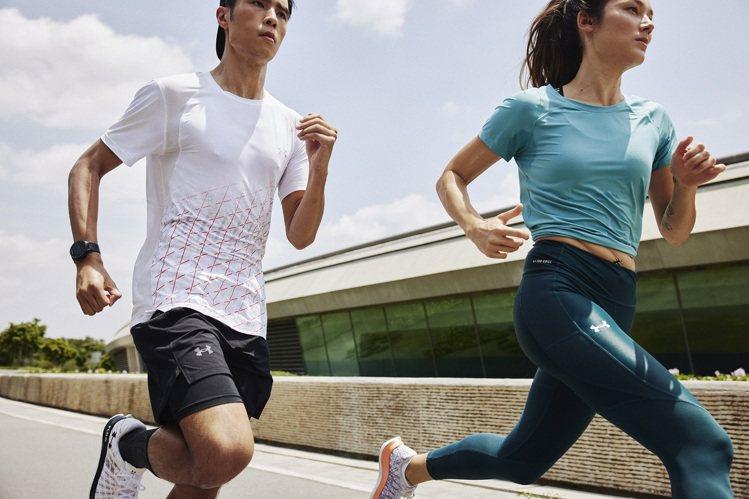 專業運動品牌UNDER ARMOUR則針對跑者,開發出UA ISO-CHILL涼...