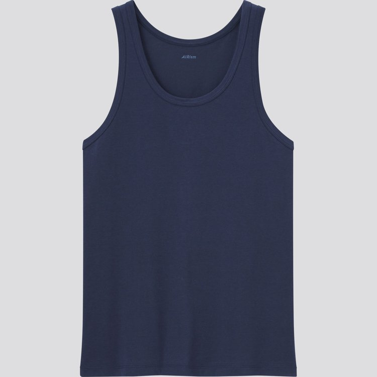 UNIQLO男裝AIRism棉質背心390元。圖/UNIQLO提供