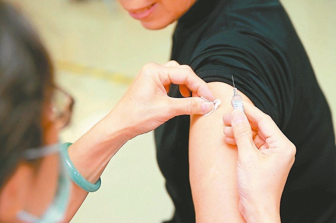 高端疫苗解盲「關鍵」一次看!99.8%施打者成功誘發免疫反應