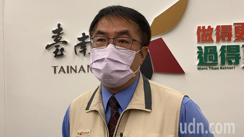 本周末適逢端午連假,台南市長黃偉哲表示,搭高鐵、台鐵、國道客運到台南的仍有3164人。記者鄭維真/攝影